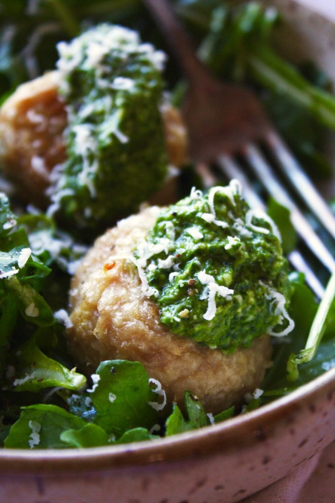 Pesto Chicken Meatballs Over Lemon Arugula - This recipe is healthy and absolutely packed with flavor! You can't beat that - TheGarlicDiaries.com