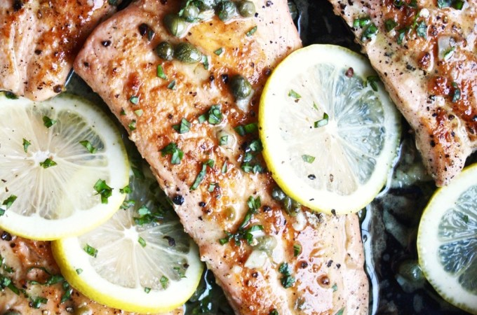 Salmon with Lemon Caper Sauce