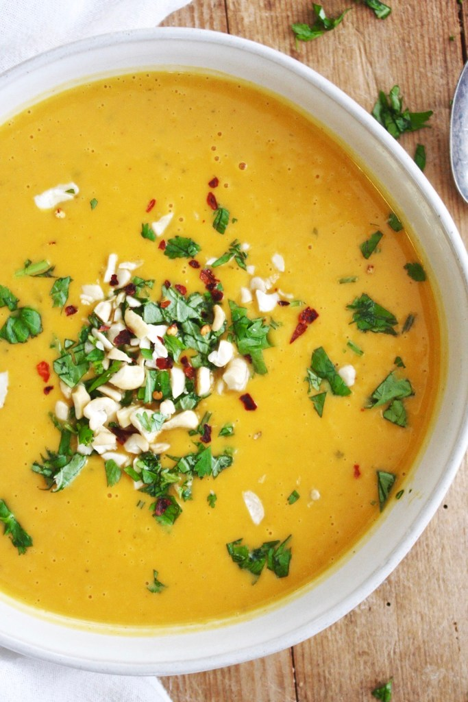 Instant Pot Coconut Curry Butternut Squash Soup - I'm not usually a fan of butternut squash soup, but this Thai version is DREAMS. Creamy, luscious, and full of whole foods and healthy fats! #whole30 #paleo TheGarlicDiaries.com