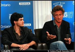 Emile Hirsch and Sean Penn