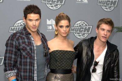 Kellan Lutz, Ashley Greene and Xavier Samuel from the Twilight Saga