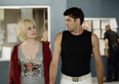 Charlotte Sullivan and Travis Milne in Rookie Blue