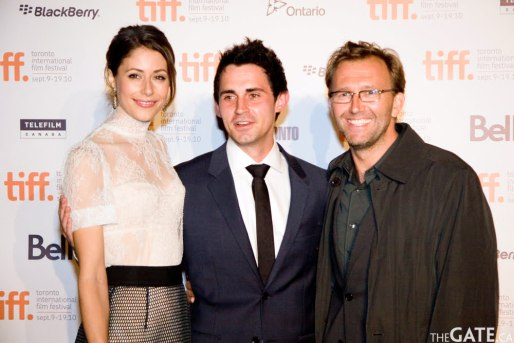 Amanda Crew and cast of Repeaters