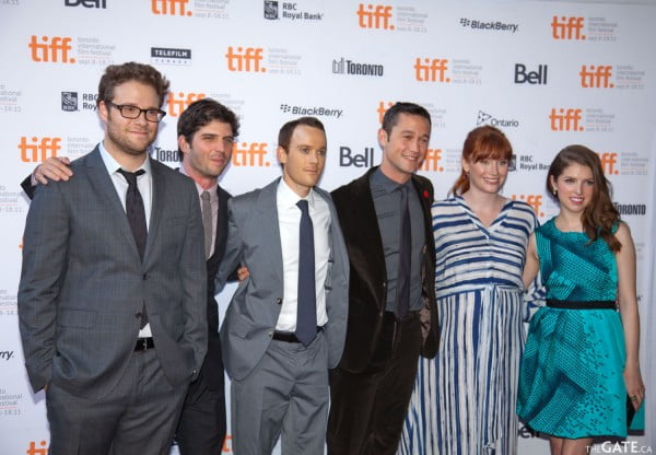 Cast of 50/50 on the red carpet