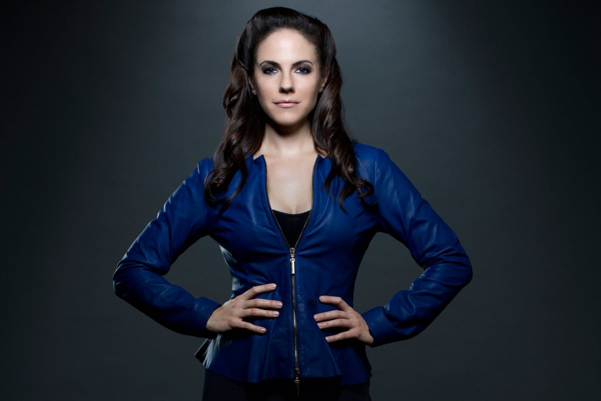 Anna Silk - Lost Girl Season 4