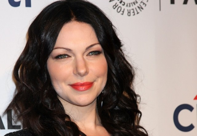 Is the actor who plays Alex Vause gay or lesbian?