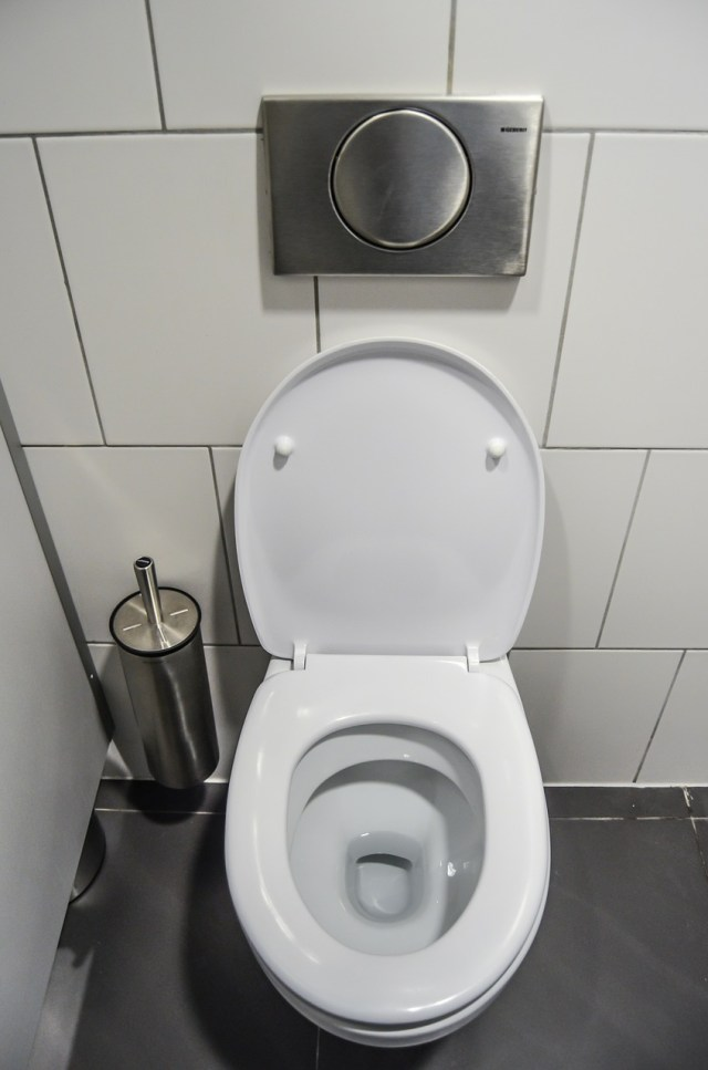 Should we throw used condoms in the toilet after use?