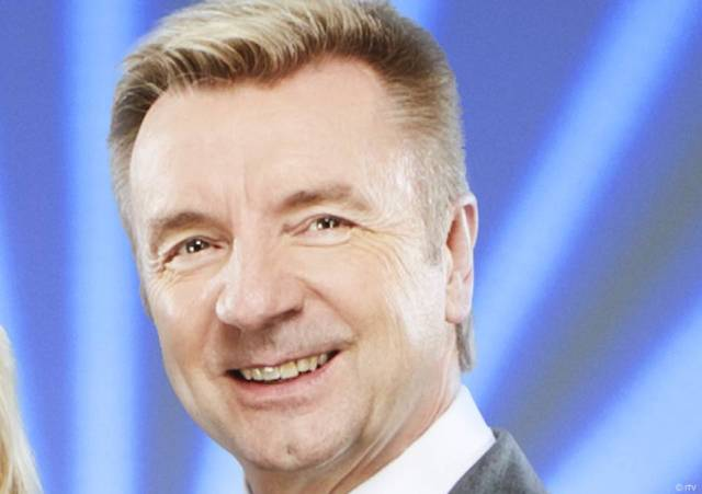 Is Christopher Dean gay, how old is Christopher Dean,
