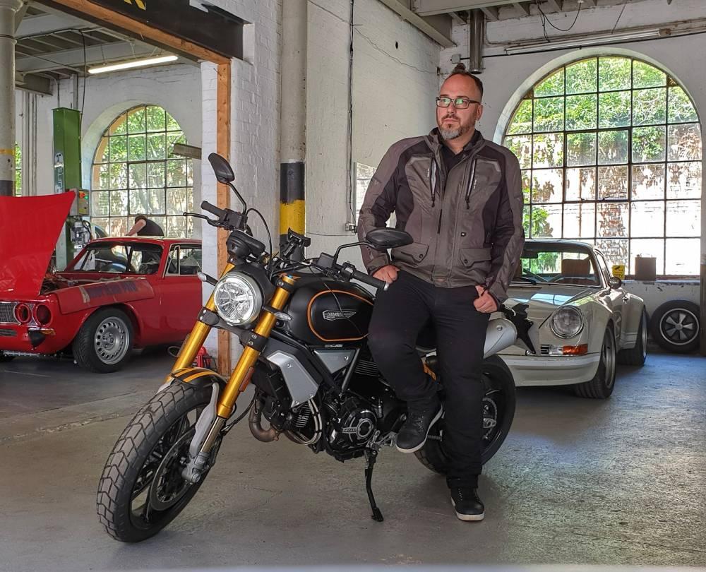 MOTORCYCLE REVIEW | Ducati 1100 Scrambler Sport