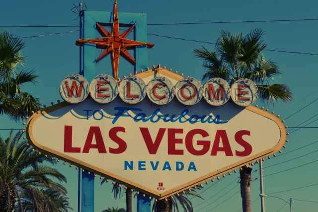 welcome to fabulous las vegas nevada signage