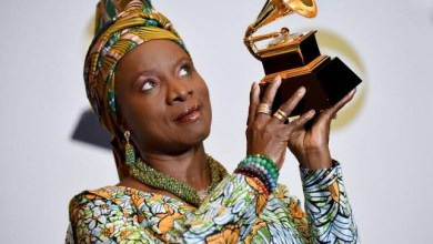 Photo of Grammy Awards: Burna Boy Loses To Angelique Kidjo