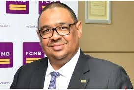 Photo of Tunde Thomas' Friends Say Paternity Claim Fake; Absolve, Apologise To FCMB MD