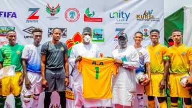 Photo of AbdulRazaq Unveils New Jerseys For Kwara United, Tips Club For Continental Appearance Next Season