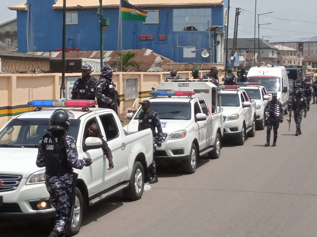 Watch Video, See Photos As RRS Commander, His Team Douse Tension In Lagos