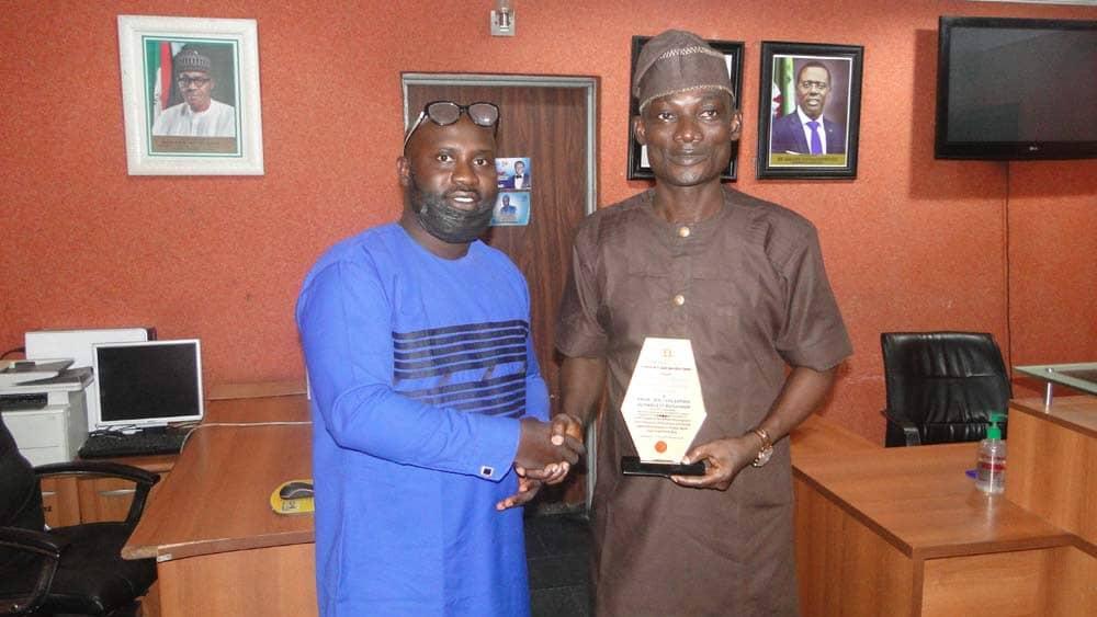 Square Image Honours Amuwo Odofin LG Chairman Buraimoh With Newscarte Award