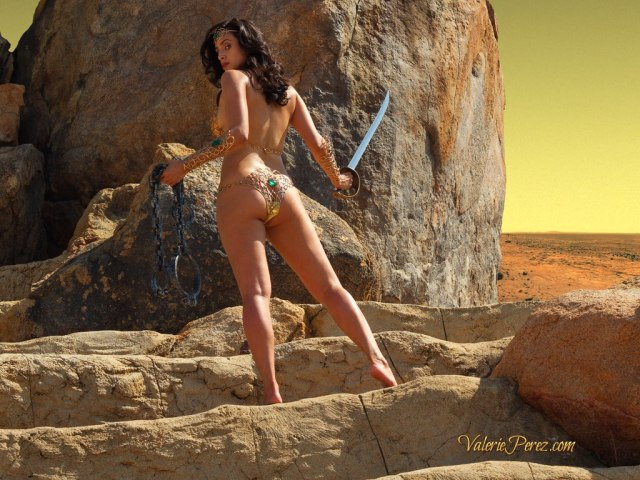 Best Dejah Thoris cosplay ever with Valerie Perez
