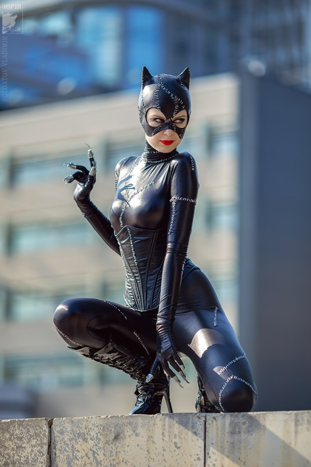 Catwoman cosplayed by Rei-Doll