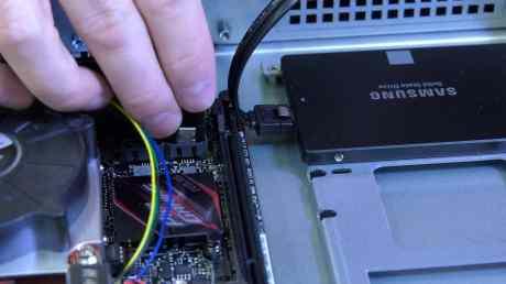 Building a 1U Server 0034