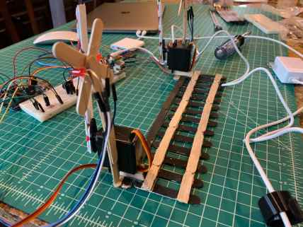arduino train crossing 0003 - Side View