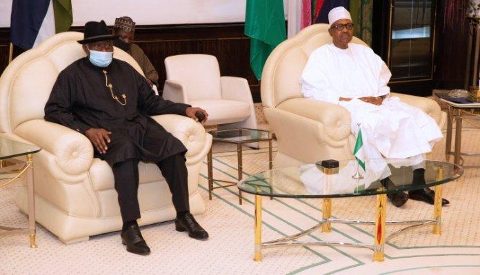 BREAKING: President Buhari And Goodluck Jonathan In Secret Talks At The Villa