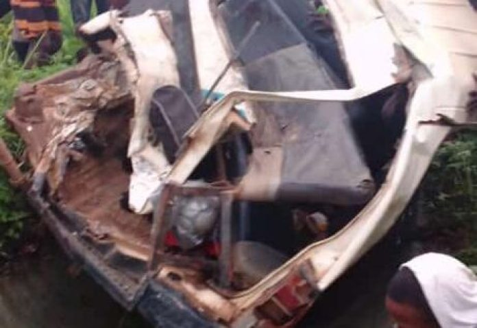 BREAKING: Nigerian Footballers In Critical Conditions As Club Bus Crashes