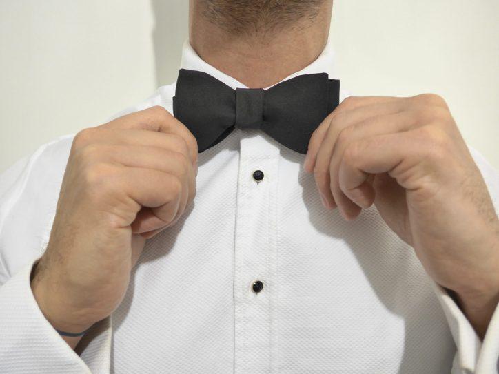 The Gentleman Select Bow Tie Tutorial