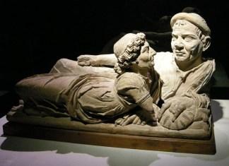 Cinci piese de arta etrusca
