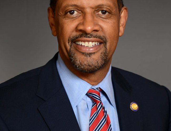 Vernon Jones resigns from office, says he has 'left the plantation'