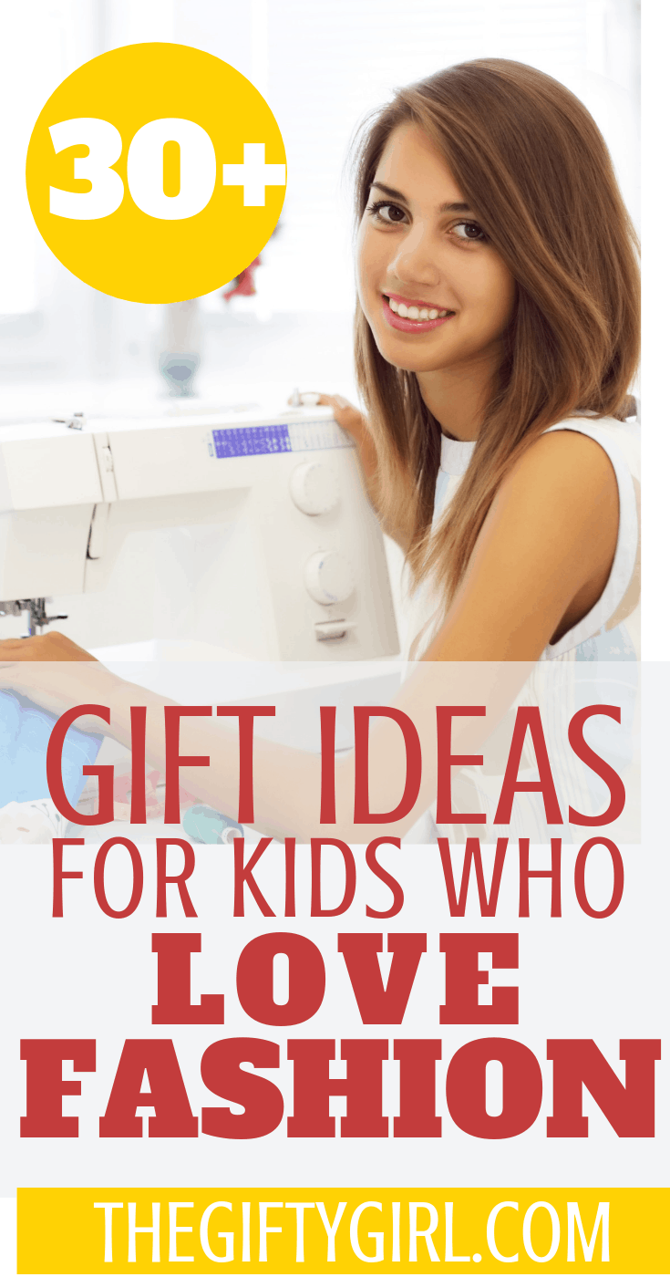 If you have a kid, tween or teen who loves fashion or fashion design, here are more than 30 creative gift ideas that will let them explore and learn about fashion. #thegiftygirl #giftideas #creativegiftideas #giftideasforkids #giftideasforgirlswholovefashion #fashiongiftideas #fashiondesigngiftideas #projectrunwaygiftideas #projectrunway #christmas #christmas2018 #giftguide