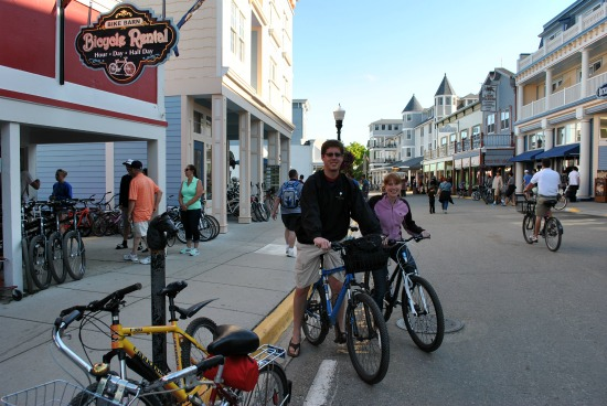 bike around island