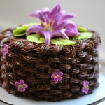 basket weave icing on a cake