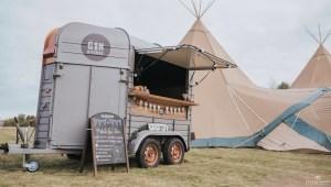Mobile Event Bar   Horsebox Bar Hire UK