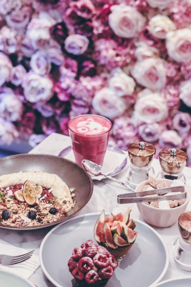 Elan Cafè tutto rosa - thegiornale.it