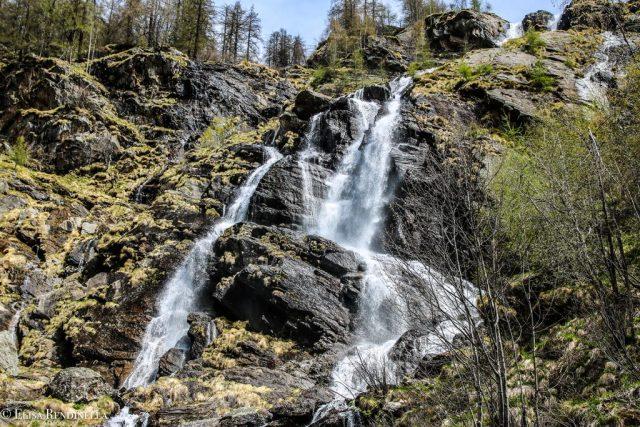 Cascata dell'acqua bianca - TheGiornale