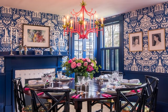 Blue And White Ginger Jar David Hicks The Vase Wallpaper Dining Room