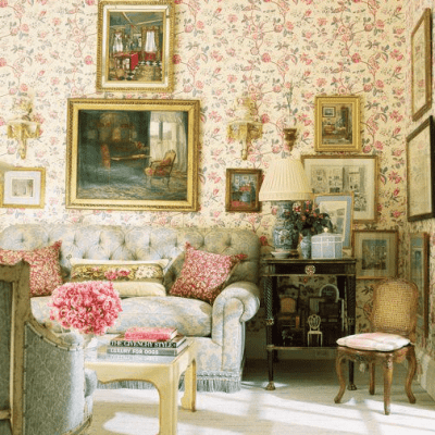 Traditional Decor is Back in Vogue
