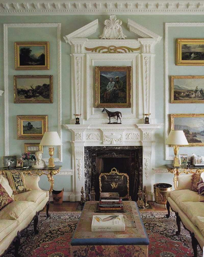 Old English Drawing Room: Traditional Equestrian Art