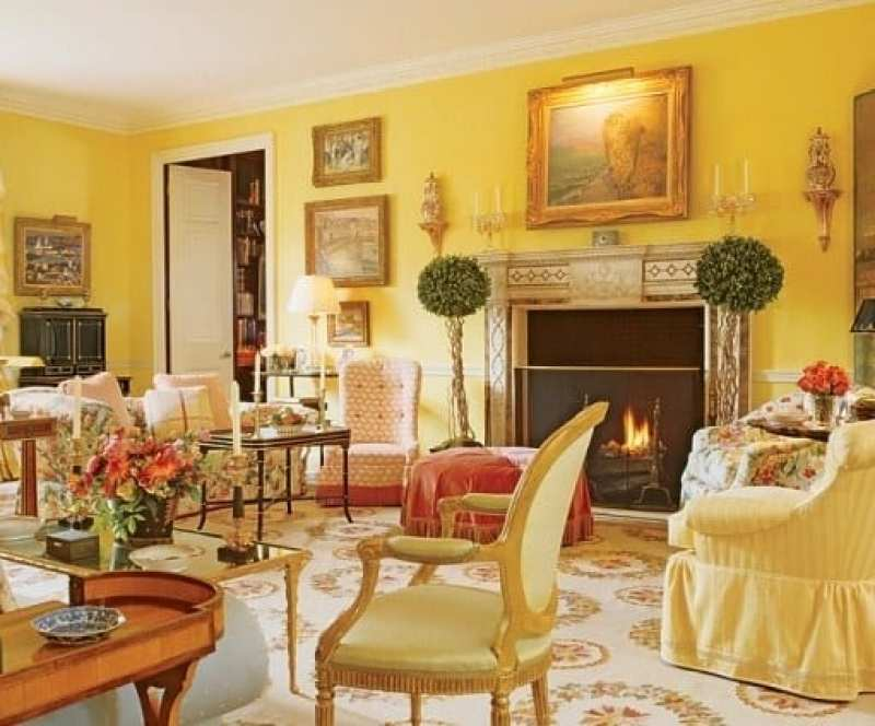 mario-buatta-john-staub-living-room-chintz-houston