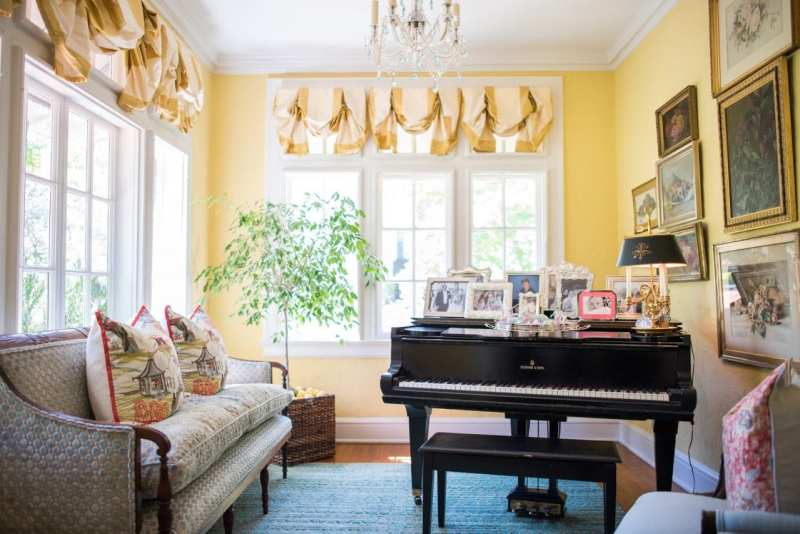 sterling-silver-picture-frames-baby-grand-piano-music-room