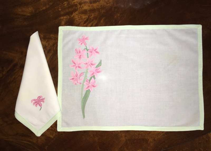 patricia-altschul-leron-linens-holiday-spring-easter-placemats-napkins-floral-embroidery-luzanne-otte