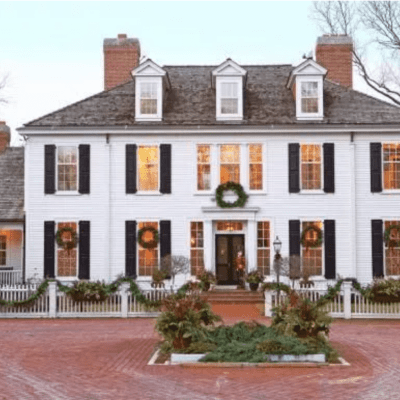 Colonial Christmas Cheer