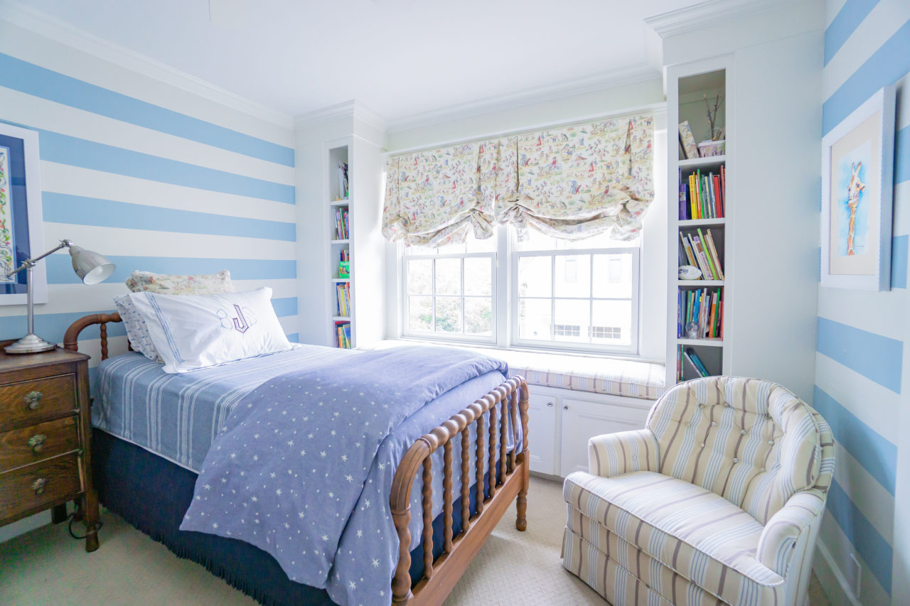 b21efbd79f08 blue-white-striped-painted-bedroom-child-teen-boy-girl - The Glam Pad
