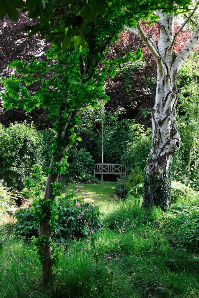 Superb English Secret Garden Bench Countryside The Glam Pad Andrewgaddart Wooden Chair Designs For Living Room Andrewgaddartcom