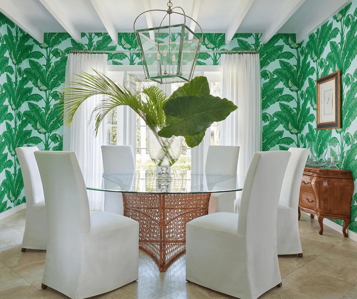 Ellen-kavanaugh-palm-frond-wallpaper-palm-beach-chic