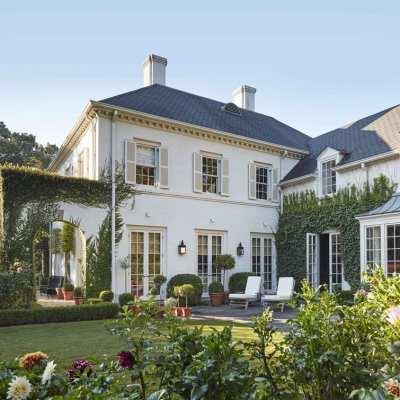 Caroline Gidiere's Classic Georgian Home