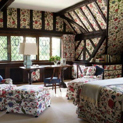 A Romantic English Country Home by Joy Moyler