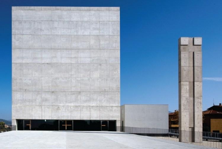 Sao Paolo Parish Complex, Foligno (Perugia). Photograph by Moreno Maggi - Italy. 2001-2009