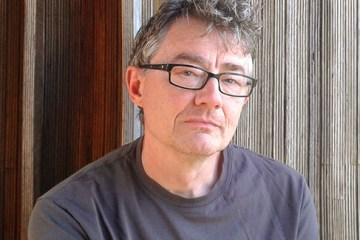 author Simon Matthews