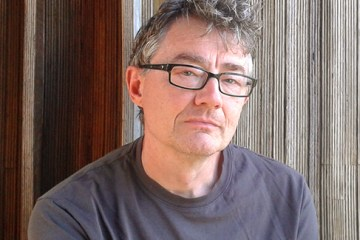 author Simon Matthews