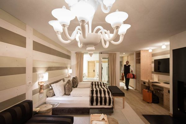 Glass Visits The Rosa Alpina Hotel And Spa In The Dolomite Mountains - Rosa alpina san cassiano